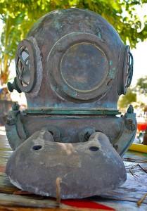 Pearl Divers Helmet