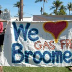 People gathered together in solidarity to show Tony Burke that Broome does not want a gas hub that will produce 30% of WA's greenhouse gas, on their doorstep
